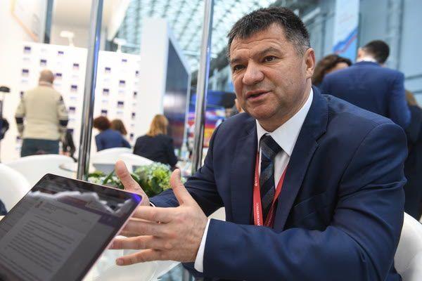 «Нас не обманешь! Тарасенко выбрали мы»: пикет сторонников врио губернатора Приморья прошёл во Владивостоке