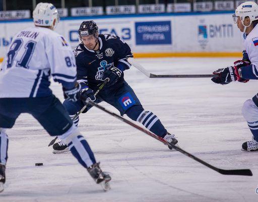 Хоккеисты «Адмирала» в повторном контрольном матче победили «Сахалин»
