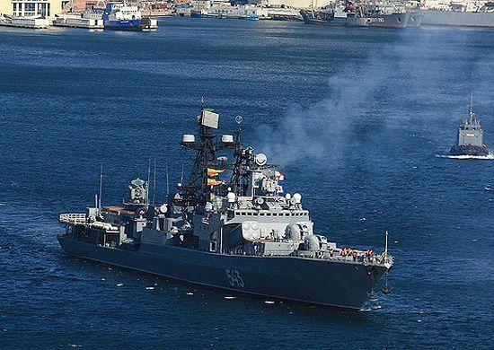 Пожар на большом противолодочном корабле «Маршал Шапошников» во Владивостоке ликвидировали