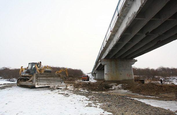Приморье включили в федеральную программу по восстановлению мостов