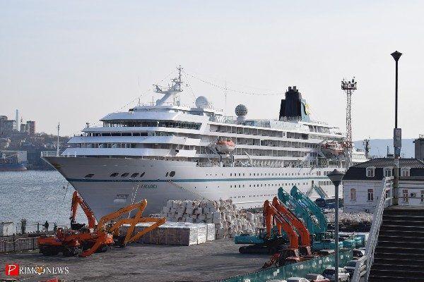 Океанский лайнер Amadea посетил Владивосток, открыв круизный сезон в Приморье