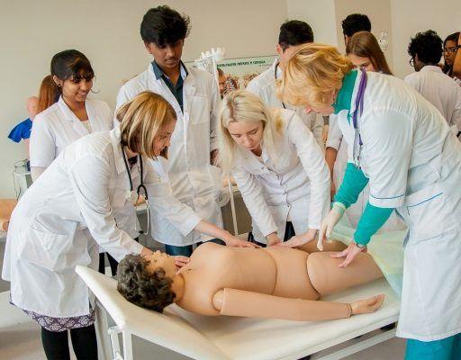 Первую в России школу медицинских волонтёров откроют во Владивостоке