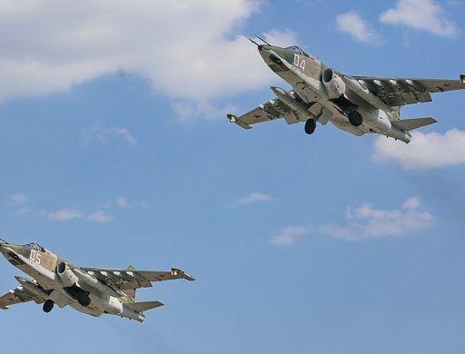 Военные лётчики в Приморье уничтожили крылатые ракеты условного противника