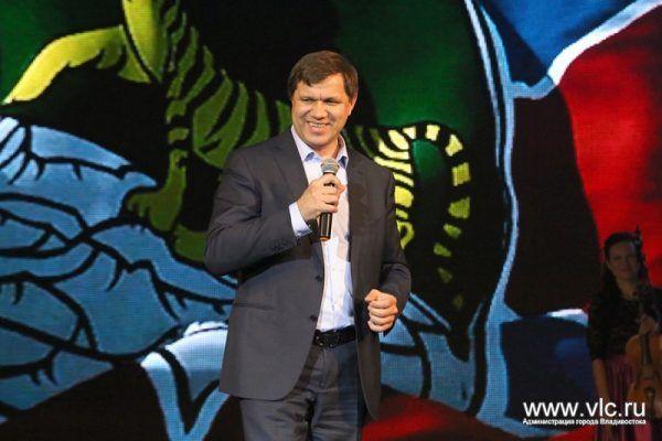 Глава Владивостока Виталий Веркеенко ушёл в отставку