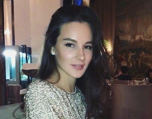Девушку из Владивостока Лору Мезько признали одной из главных красавиц России