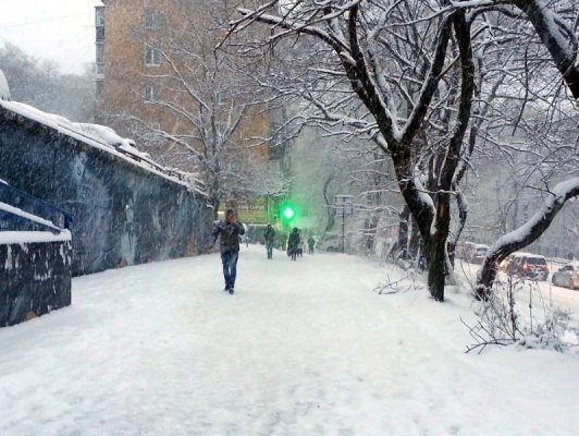 В Примгидромете в очередной раз опровергли информацию о надвигающемся снегопаде