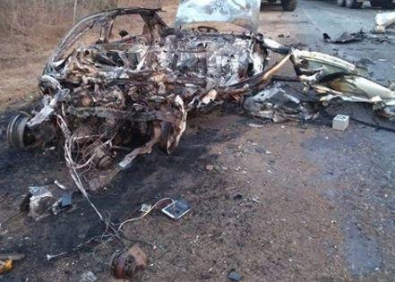 В Приморье водитель сгорел вместе со своим автомобилем в страшном ДТП