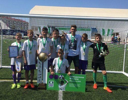 «Нас дома ждали только с победой»: как мальчишки из Уссурийска выиграли престижный футбольный турнир
