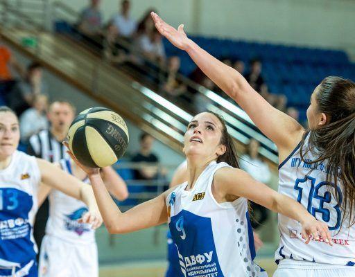 Женская сборная ДВФУ стала серебряным призёром студенческого чемпионата России по баскетболу
