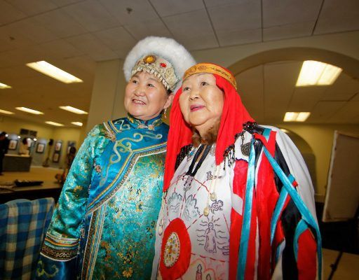 Уникальная выставка художественных изделий народов бассейна реки Хэйлунцзян открылась во Владивостоке