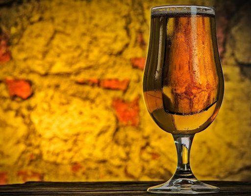 Почти 300 литров алкоголя изъяли полицейские из незаконного оборота за неделю в Приморье