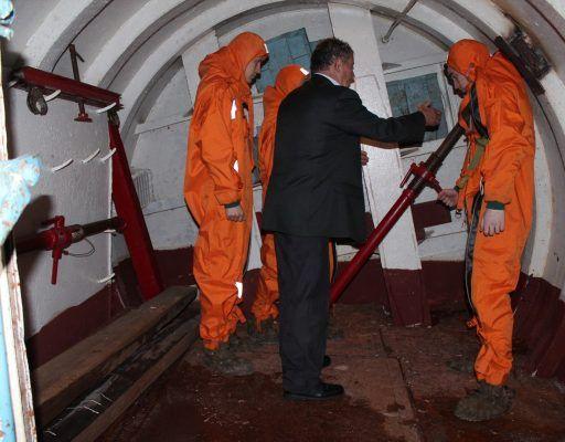 Соревнования по борьбе за живучесть судна устроили во Владивостоке