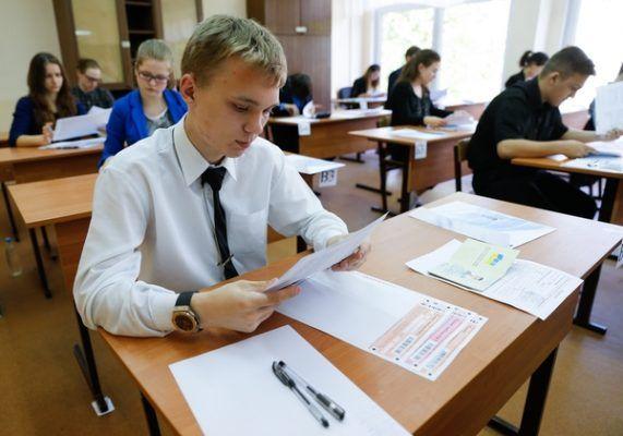 В Приморье оштрафовали директора школы, где прошла лекция «местных криминальных авторитетов»