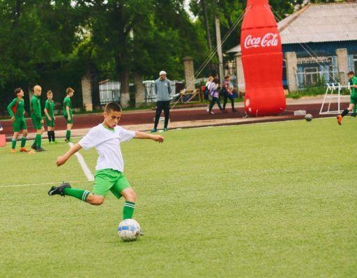 Небывалое число участников собрал в Уссурийске краевой финал турнира «Кожаный мяч»