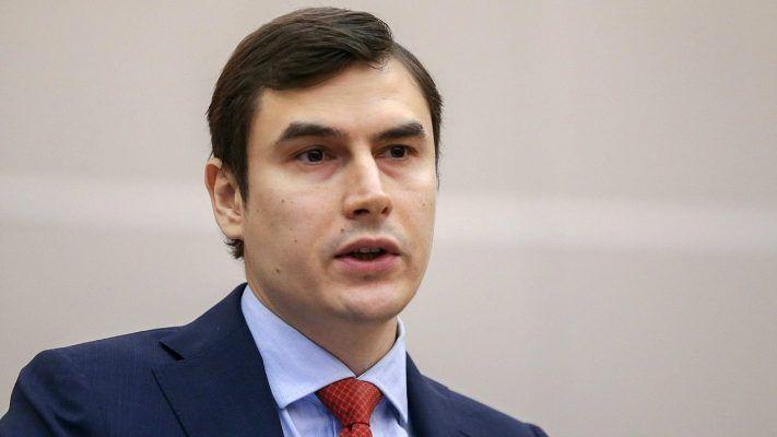 Писатель Сергей Шаргунов дозвонился до Путина с острова Русский