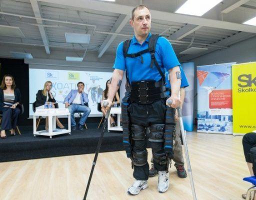 Экзоскелет ExoAtlet перевоплотит пациентов Медцентра ДВФУ в супергероев