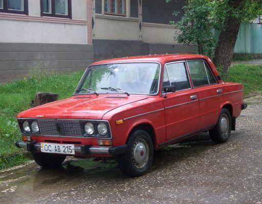 В Приморье пьяный рулевой «Жигулей» протаранил Toyota Prius