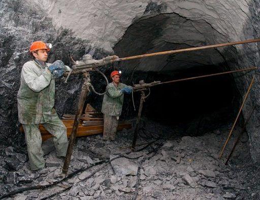 Работник «Дальполиметалла» погиб на рабочем месте, другой получил травму