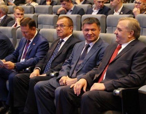 «Единая Россия» на выборы губернатора Приморского края выдвинула Андрея Тарасенко