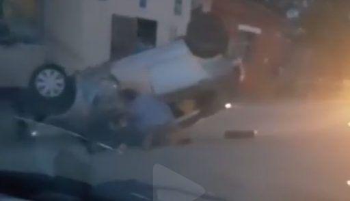 Жёсткое ДТП в Приморье: автомобиль перевернулся на крышу