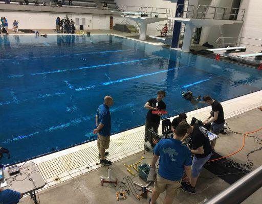 Обломки затонувшего самолёта искали приморские студенты на международных соревнованиях по подводной робототехнике