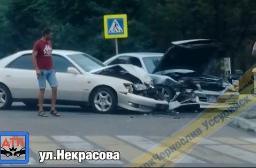 Жёсткое лобовое ДТП попало на видео в Приморье