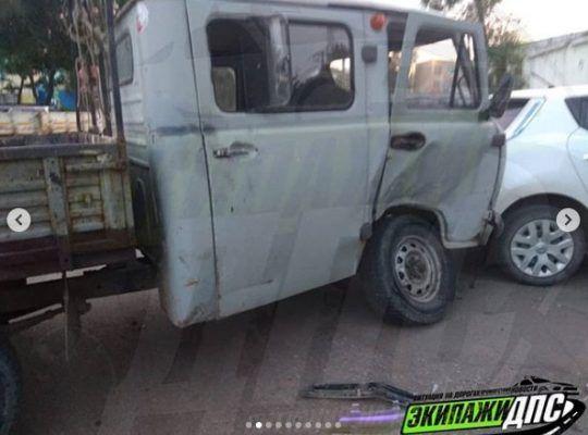 Во Владивостоке лихой Mark II «влетел» в УАЗ, который откинуло на другое авто