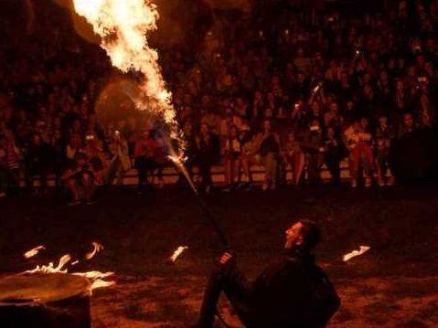 «Огненный сезон» завершился в Арсеньеве масштабным фаер-шоу