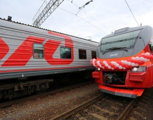 Новая современная электричка вышла на маршрут в Приморье
