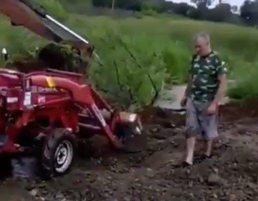 Приморцы сами взялись за восстановление размытой паводком дороги