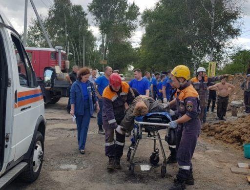 В Приморье рабочих завалило грунтом при проведении земляных работ