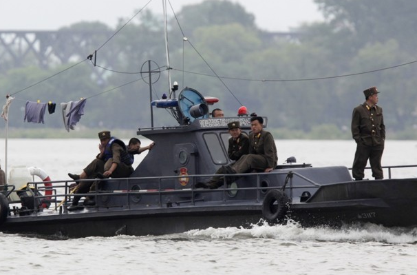 Пограничники КНДР попытались задержать российскую яхту
