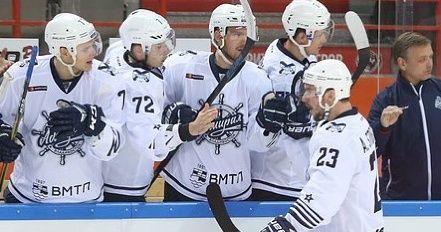 Хоккеисты «Адмирала» победили в Хабаровске