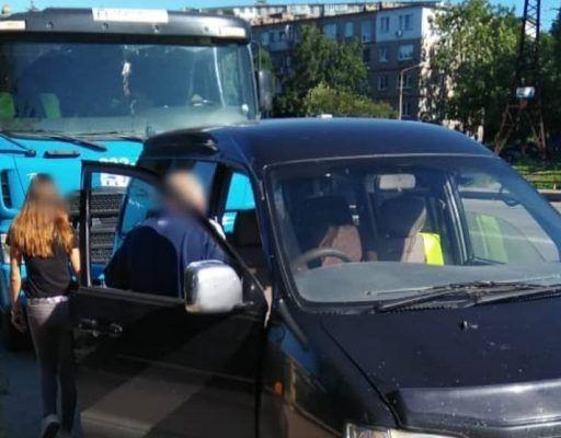 Цементовоз с отказавшими тормозами устроил массовое ДТП во Владивостоке