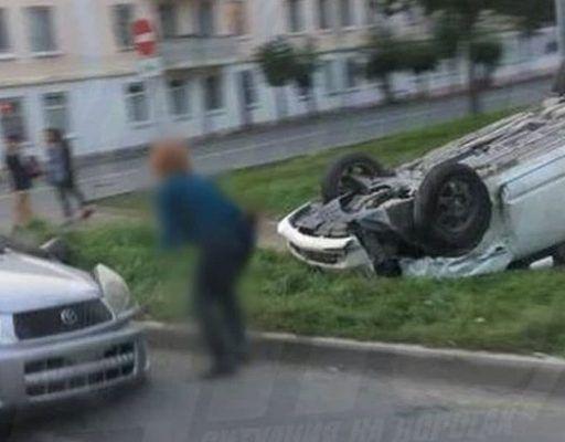 В Приморье легковушка «взлетела» в воздух после лобового ДТП