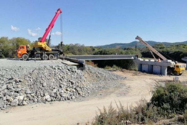 На трассе Хабаровск — Владивосток устроят временные объезды вокруг ремонтируемых мостов