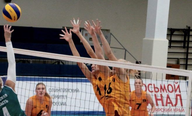 Волейболистки «Приморочки» проиграли третий матч подряд