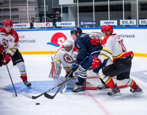 «Тайфун» победил «Куньлунь» в первом домашнем матче в МХЛ