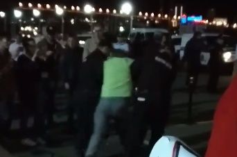 В центре Владивостока задержали сторонника Ищенко, который попытался разбить палатку