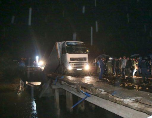 В Приморье ищут очевидцев того, что военные якобы перевозили технику по мосту, который позже обрушился
