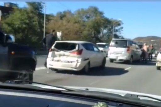 Массовое ДТП во Владивостоке: пять машин собрались в «паровозик»