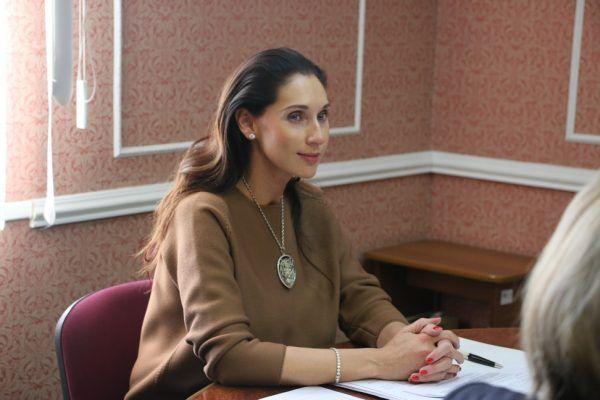 Роза Чемерис собрала подписи муниципальных депутатов для участия в выборах губернатора Приморья
