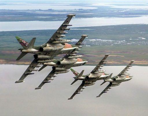 В Приморье авианаводчики навели штурмовики Су-25СМ на позиции условных террористов