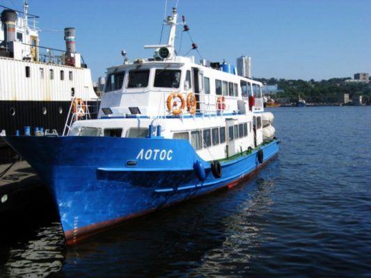 Владивосток и остров Попова свяжут дополнительные рейсы теплохода