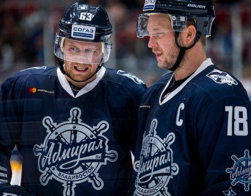 Хоккеисты «Адмирала» проиграли в Казани