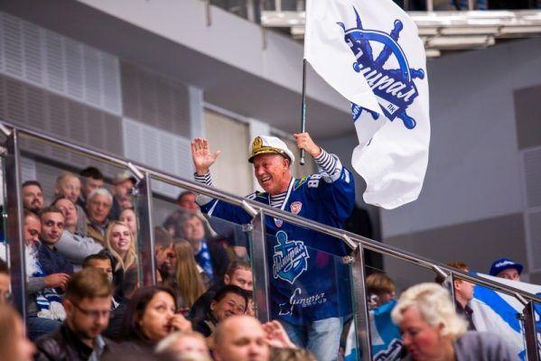 Хоккеисты «Адмирала» бились, но всё-таки проиграли ЦСКА