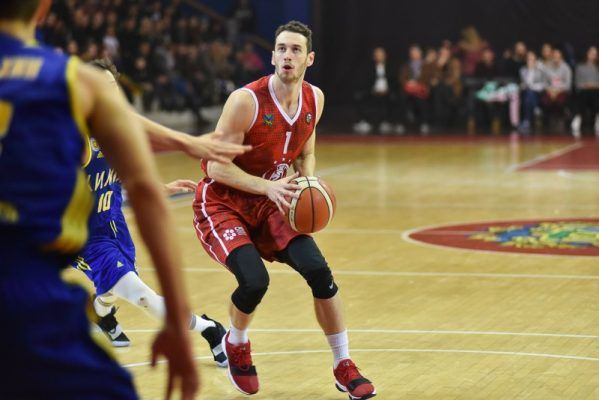 Баскетболисты «Спартака-Приморье» проиграли «студентам»