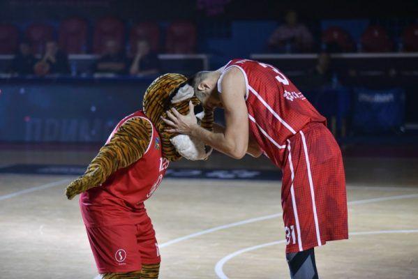 Баскетболисты «Спартака-Приморье» проиграли в Ярославле