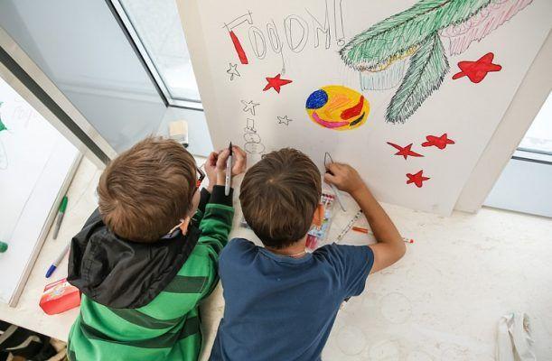 «Не берите здесь квартиры!»: в Приморье в одной из школ места для одноклассников закончились за пять дней