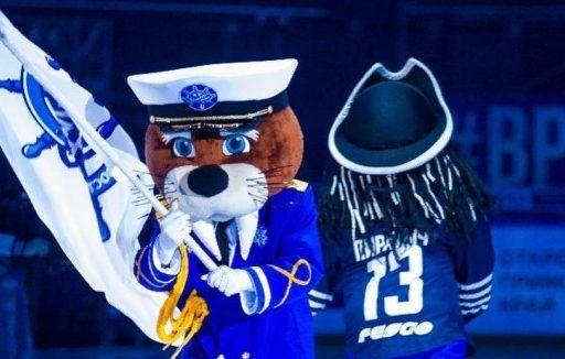 Хоккейный клуб «Адмирал» лишился Пиратыча. Его сменил морж Миша